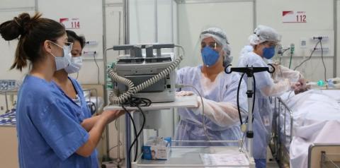 Maior parte dos estados brasileiros ainda apresenta níveis críticos relacionados à pandemia, revela Fiocruz