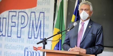 """Caiado diz que, """" Se Goiás comprar 1 milhão de doses de Vacina, nós goianos teremos direito de 3,33%."""