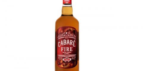 A mais nova bebida da família Cabaré aposta em dois dos ingredientes mais populares da gastronomia brasileira, a canela e a cachaça