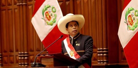 Castilho assume presidência do Peru e defende pais sem corrupção