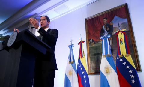 Do Paraguai, Guaidó seguiu para a Argentina
