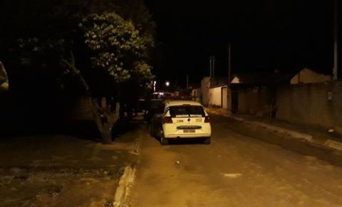 Jovem e assassinado a tiros no setor Sol Nascente