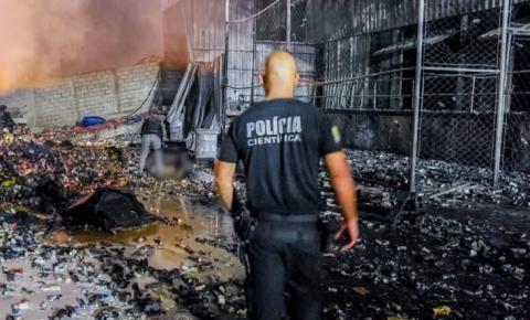 Polícia Técnico-Científica atua para esclarecer incêndio em fábrica