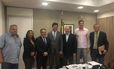 SECRETÁRIO ANDRÉ LUIZ SE REUNIU COM MINISTRO DA SAÚDE QUE GARANTIU MAIS INVESTIMENTOS