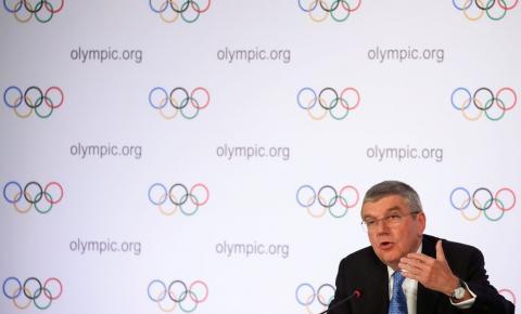 """Esportes Bach: adiamento dos Jogos custará """"centenas de milhões de dólares"""""""