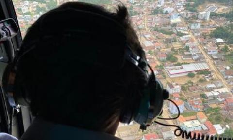 Em SC, Bolsonaro envia mensagem a pescadores
