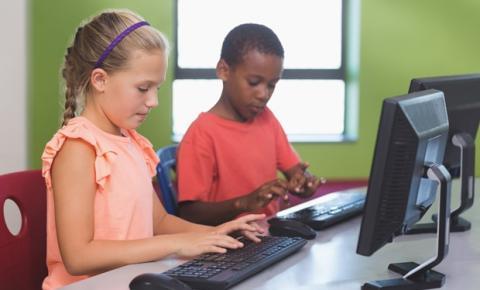 Office 365 nas escolas: algumas das ferramentas mais utilizadas na rotina de trabalho de muitos adultos chegam nas salas de aula