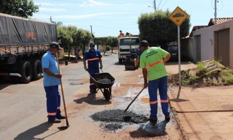 Secretaria de Obras vai intensificar operação tapa-buraco a partir de segunda-feira