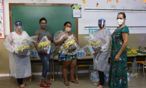 Prefeitura de Morrinhos entrega Kit Lanche para alunos da Educação Infantil