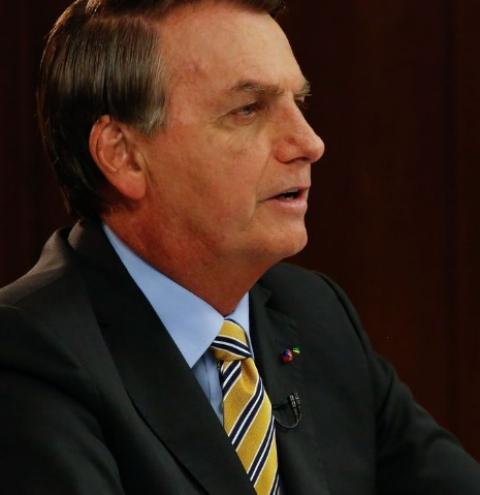 Brasil faz parte de elite que produz vacina, diz Bolsonaro