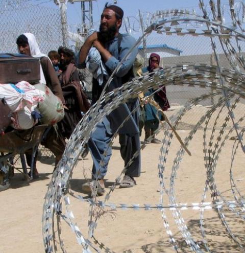 Talibãs não aceitam adiamento de saída dos Estados Unidos